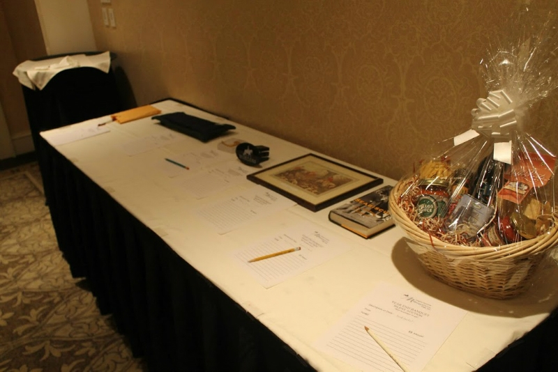silent-auction-table-a